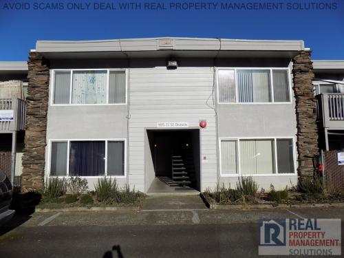 9817 SE Division Street Photo 1
