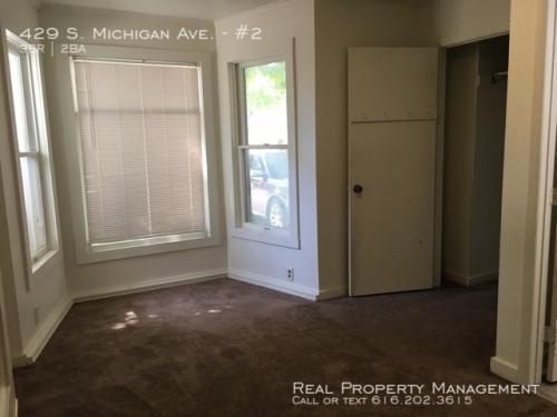 429 S Michigan Avenue Photo 1