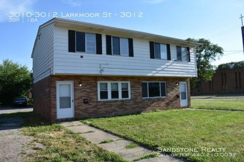 3010-3012 Larkmoor Street Photo 1