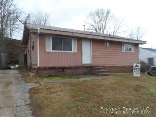 1215 E Red Bud Road Photo 1