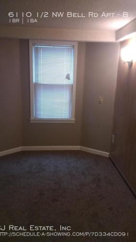 6110 1/2 NW Bell Road Photo 1