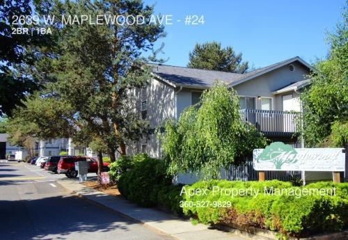2639 W Maplewood Avenue #24 Photo 1