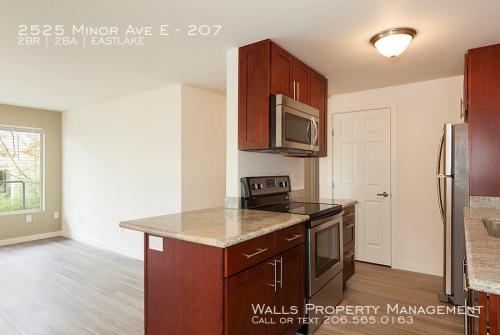 2525 Minor Avenue E Photo 1
