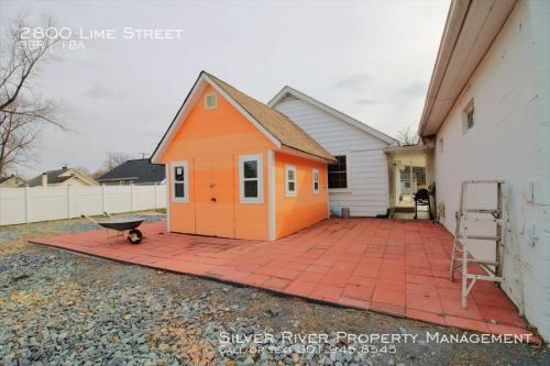 2800 Lime Street Photo 1