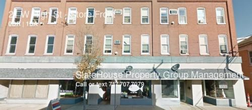 21 W High Street #STORE FRONT Photo 1