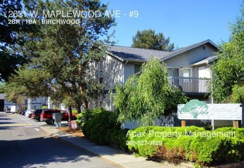 2631 W Maplewood Avenue Photo 1