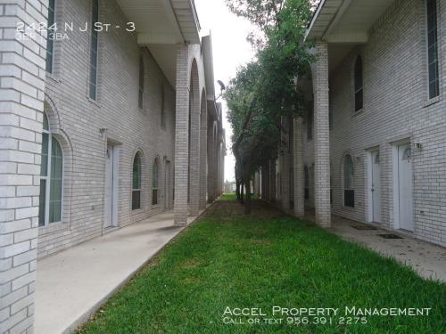 2424 N J Street Photo 1