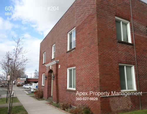 601 Holly Street Photo 1