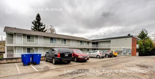 2211 Douglas Avenue Photo 1