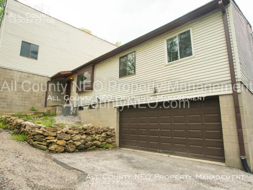 1322 Bluestone Avenue Photo 1