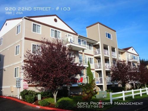 920 22nd Street #103 Photo 1