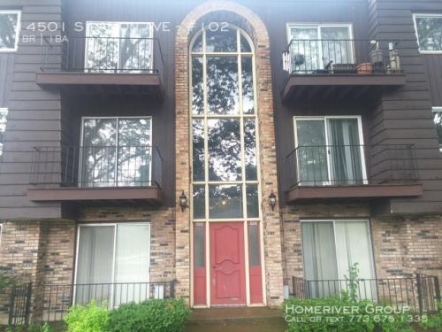 14501 S Lamon Avenue #102 Photo 1