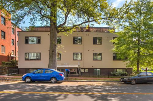 1907 3rd St NW #202 Photo 1