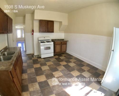 1598 S Muskego Avenue Photo 1