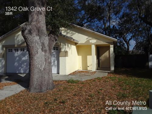 1342 Oak Grove Court Photo 1