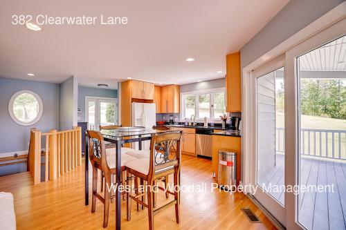 382 Clearwater Lane Photo 1