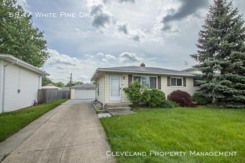 5847 White Pine Drive Photo 1