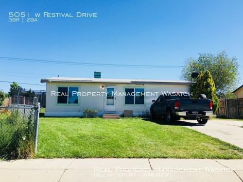 5051 W Festival Drive Photo 1