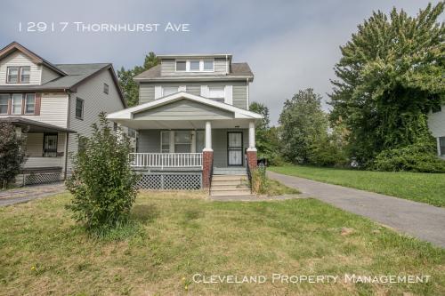 12917 Thornhurst Avenue Photo 1