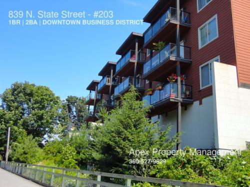 839 N State Street Photo 1