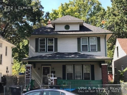 1221 Elmer Street Photo 1