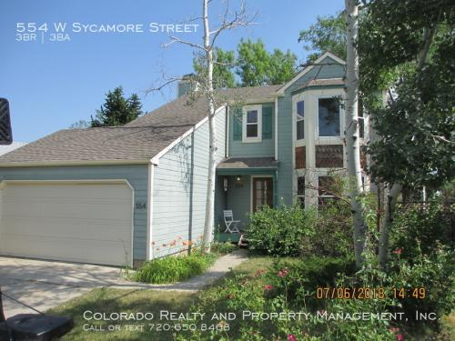 554 W Sycamore Street Photo 1
