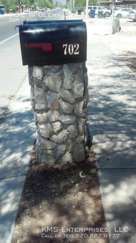 702 W Glenn Street Photo 1