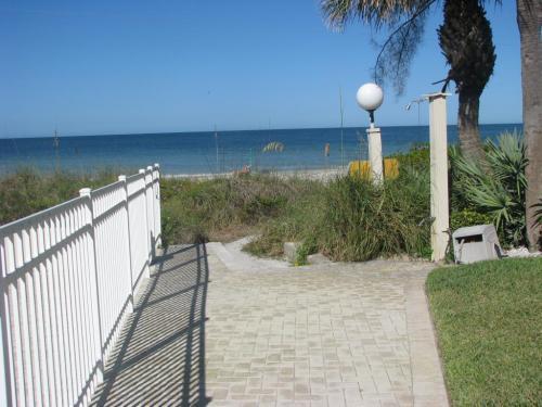 2000 Gulf Boulevard Photo 1