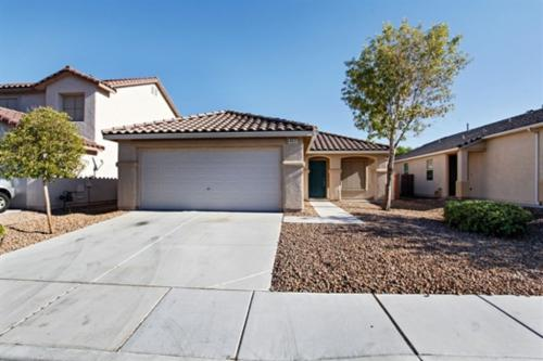 4921 Apache Valley Avenue Photo 1