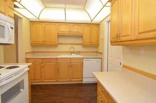 7512 37th Avenue N Photo 1