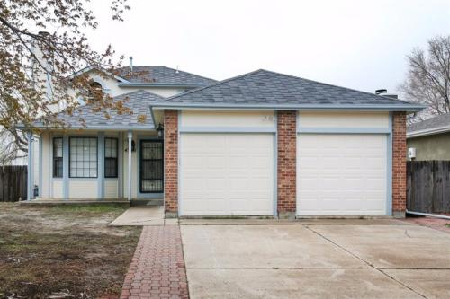 7395 Middle Bay Way Photo 1
