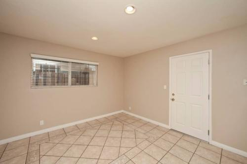 1103 W Chevy Chase Drive Photo 1