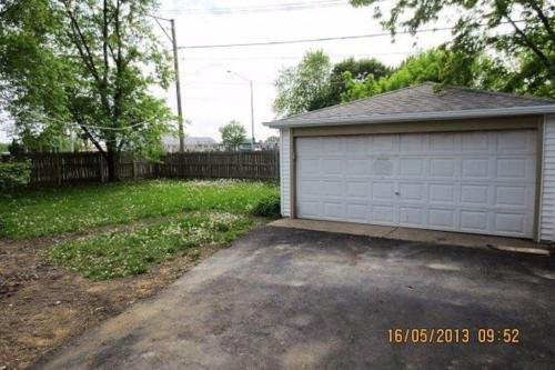22214 Hawthorne Way Photo 1