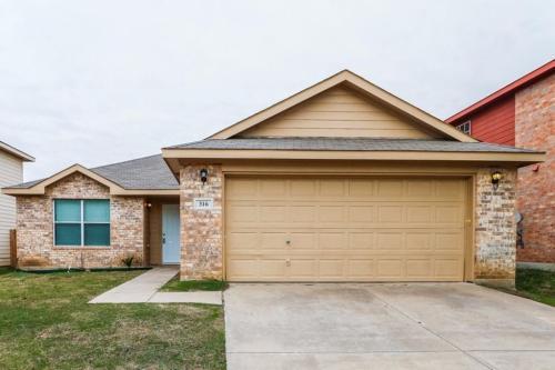 316 Blairwood Drive Photo 1