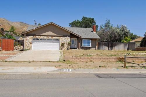 4091 Crestview Drive Photo 1