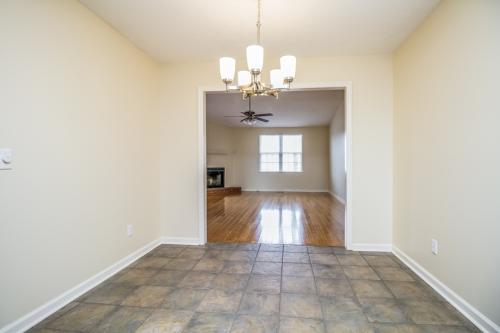 103 E Ridge Court Photo 1