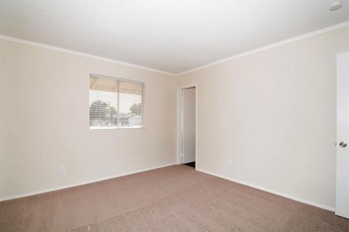 3736 W Glendale Avenue Photo 1