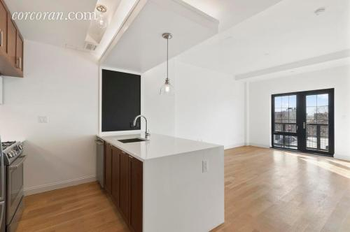 42 Maspeth Avenue Photo 1