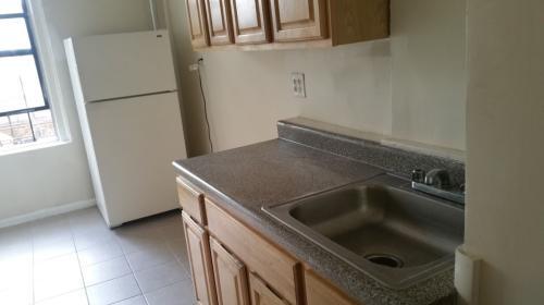 2833 Decatur Ave Apt 2C Photo 1