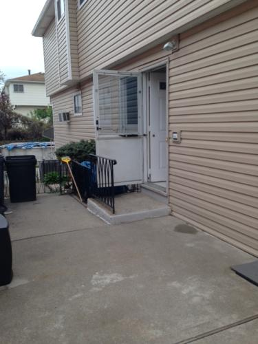 356 Naughton Ave 1 Photo 1