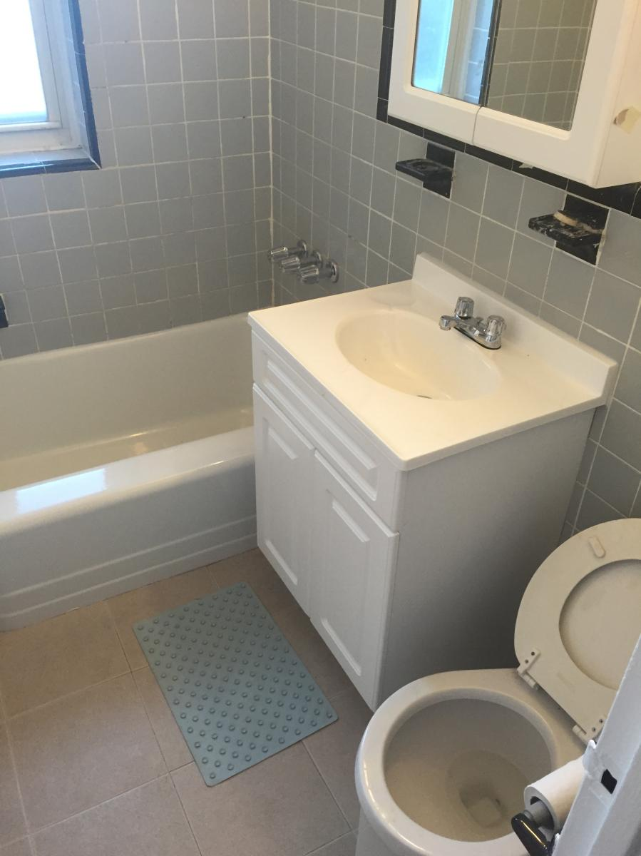 New york queens county flushing 11358 - Apartment Unit 305 At 189 14 Crocheron Avenue Flushing Ny 11358 Hotpads