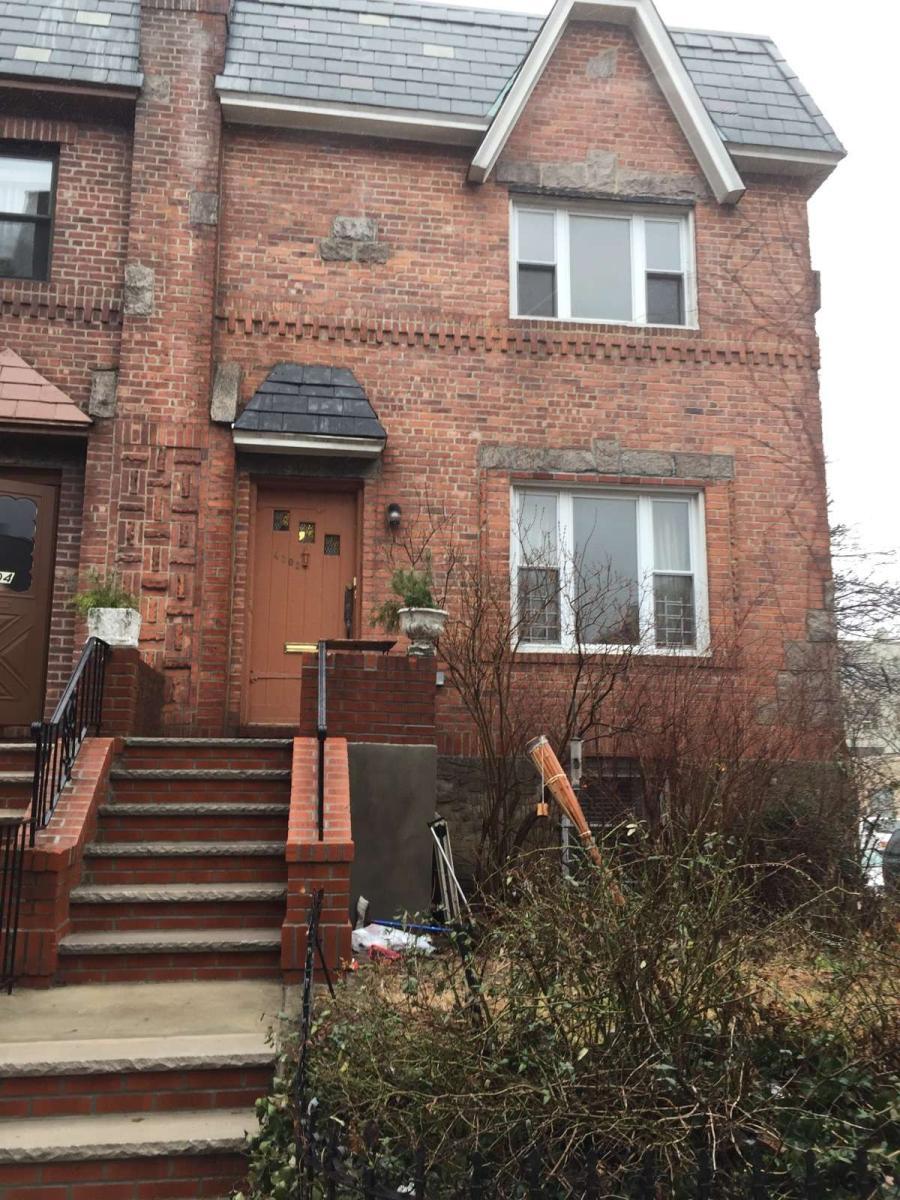 43-02 39 Place Apt 2, Sunnyside, NY 11104 | HotPads