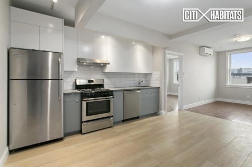 439 Knickerbocker Avenue Photo 1
