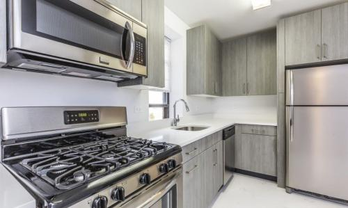 20-57 Seagirt Blvd #3G Photo 1