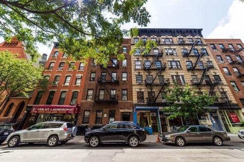 284 E 10th Street #4D Photo 1