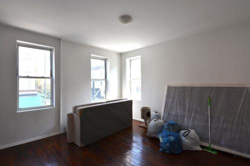 762 Franklin Ave #1F Photo 1
