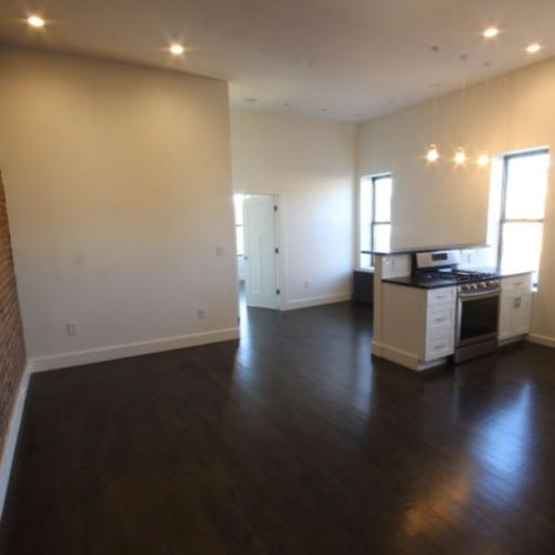 880 Wyckoff Ave #2A Photo 1
