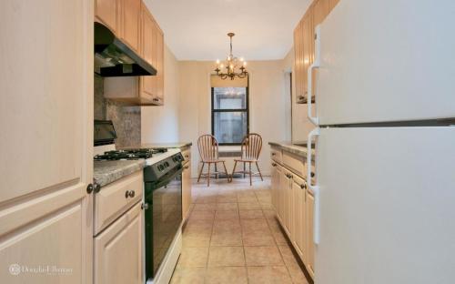 3875 Waldo Avenue #8L Photo 1