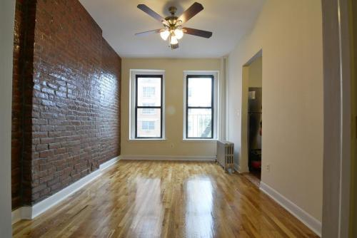 3052 3rd Avenue #B Photo 1