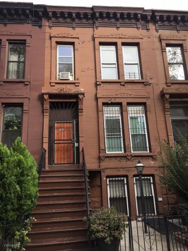 187 Vernon Avenue #2 Photo 1